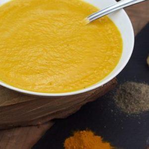 Крем суп из кабачков с куркумой
