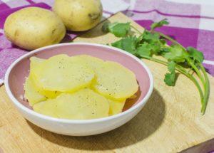 Отварной картофель рецепт